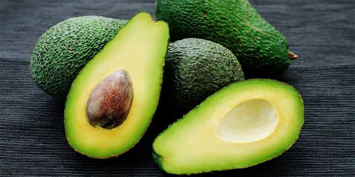 Fructul exotic Avocado